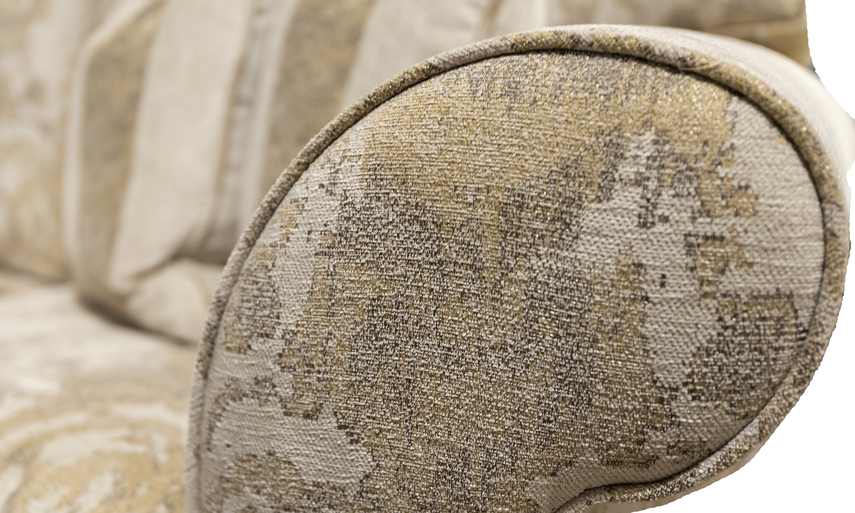 Ascot arm in fresco Pattern Oatmeal Silver Collection Fabric