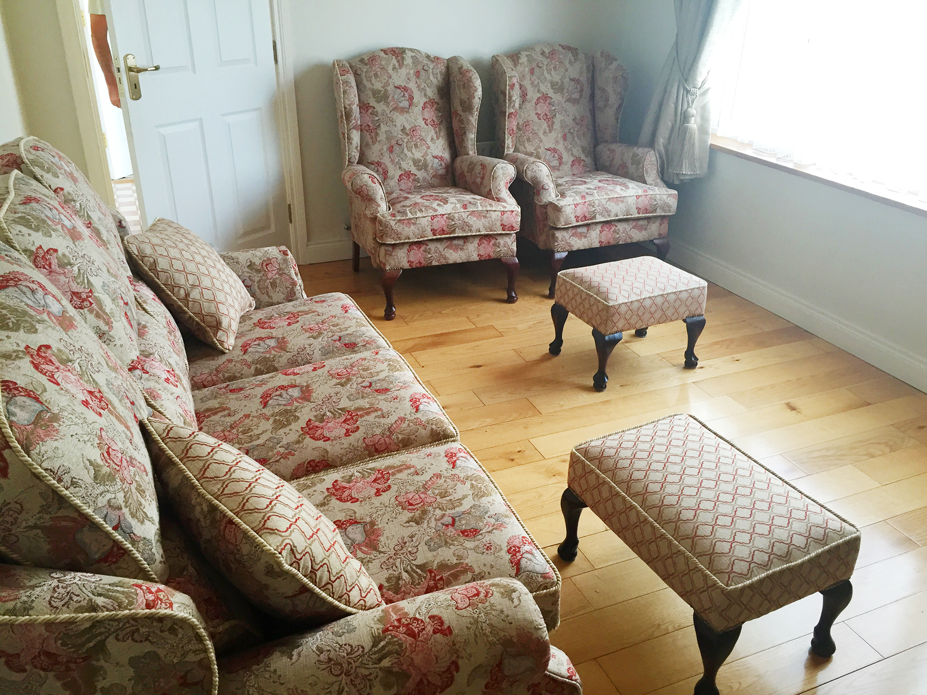 Sofa, Footstool & Queen anne chairs