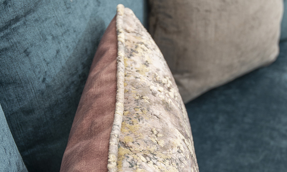 Scatter Cushion Detail in Igloo Cloud (Platinum) and Lovely Dusk (gold)