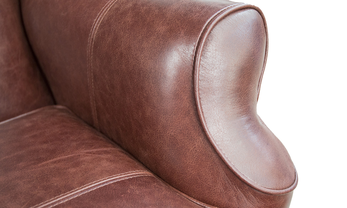 Leather-Queen-Anne-Chair-arm-detail-in-Mustang-Rust.