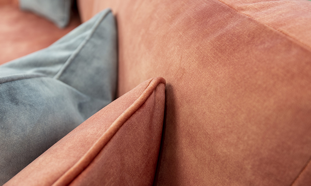 Baltimore Scatter in Lovely Coral Gold Collection Fabric