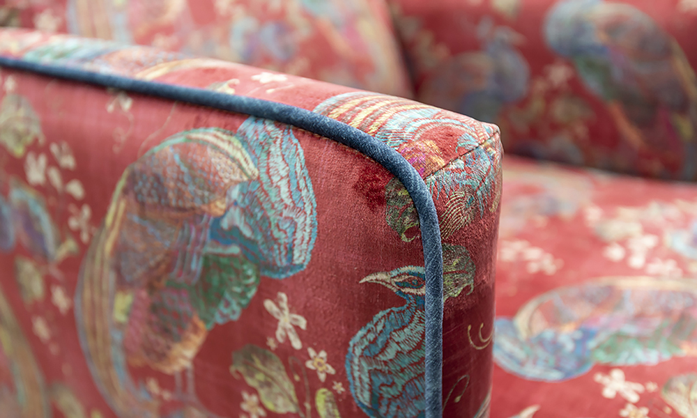 Lisa-Chair-Detail-in-Peacock-Cranberry-Platinium-Collection-Fabric-Piped-in-Edinburgh-Petrol-405860-