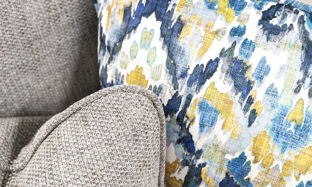 Scatter Cushions in Bravo Silver, Silver Collection and Monet Winter, Platinium Collection Fabric